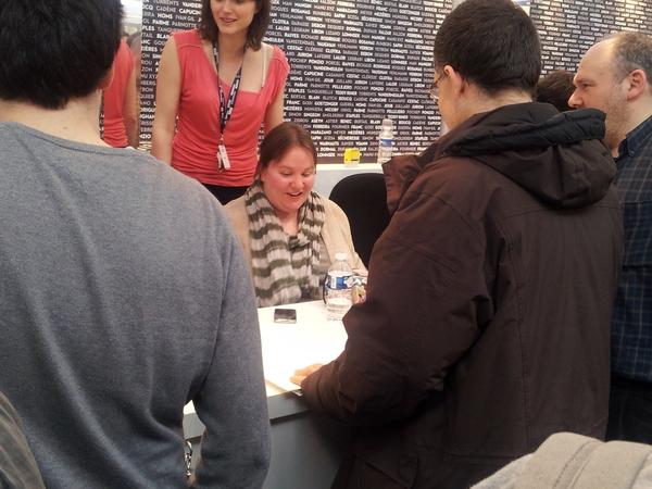 Fiona Staples (salon du livre 2013)